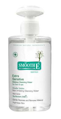รูปภาพของ Smooth E Extra Sensitive Makeup Cleansing water for face & eyes 300ml.