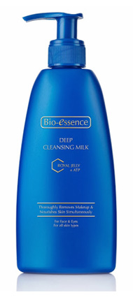 รูปภาพของ Bio-Essence Deep Cleansing Milk Royal Jelly with ATP 200ml.